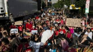 Протесты в Миннеаполисе, где полицейским был застрелен афроамериканец Филандо Кастиле