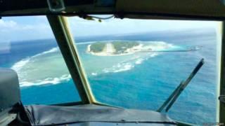 空中鳥瞰太平島:台灣在太平島實施名為「南援一號」的「人道救援」操演。