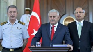 يلديرم: نحذر من أي أعمال انتقامية ضد مدبري الانقلاب وتركيا بلد يسوده ويحكمه القانون