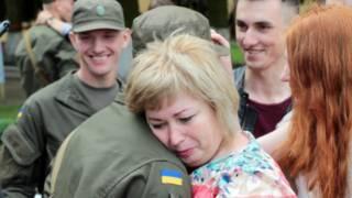 Сотни военных Национальной гвардии Украины на этих выходных принимают присягу