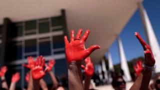 protes kekerasan terhadap perempuan di brasilia mei lalu