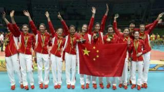 中国女排里约奥运会夺金牌。