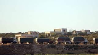 وصول 70 شاحنة مساعدات إلى أربع بلدات محاصرة في سوريا