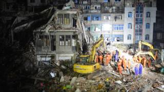 温州市鹿城区4间6层农民自建房屋周一凌晨3时25分出现突发倒塌事故