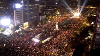 從高空俯瞰首爾群眾參與抗議朴槿惠集會(5/11/2016)