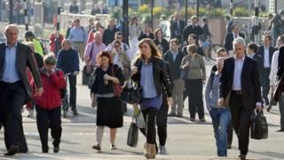 英國的JAM家庭:收入不高、負擔不輕