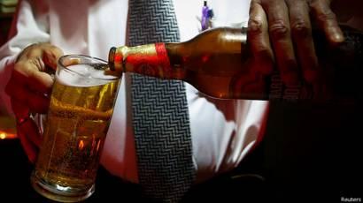 केरल में शराबबंदी की तैयारी - BBC News ...