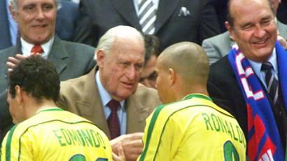 Mantan presiden FIFA, Joao Havelange, meninggal dunia - BBC News ...