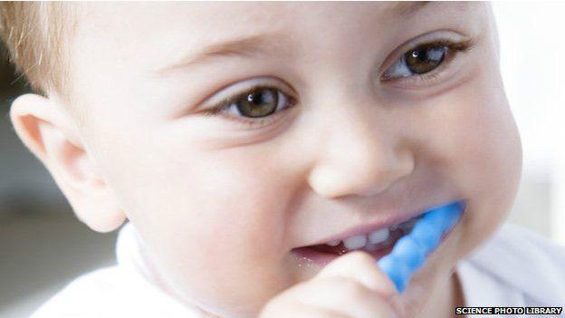 Manual vs. eléctrico  ¿cuál es el mejor cepillo de dientes  - BBC ... 3c4ce2a96c72