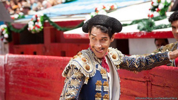 En la película de Sebastián del Amo, el papel de Cantinflas lo interpreta Öscar Jaenada. Foto: APKENLOFILMS.COMPANTELIONFILMS