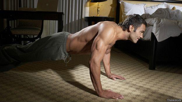 Hacer ejercicio de noche para adelgazar