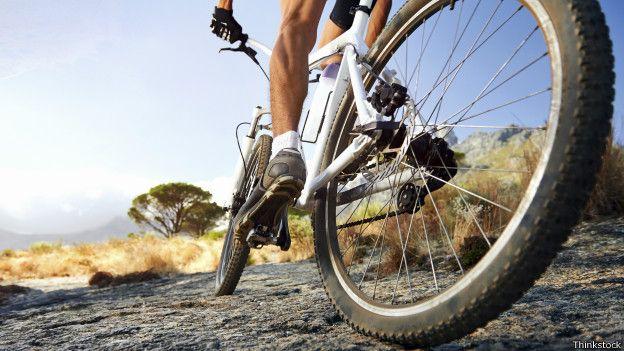Andar de bicicleta causa impotência  Veja 5 mitos sobre o ciclismo ... df7ebd038d