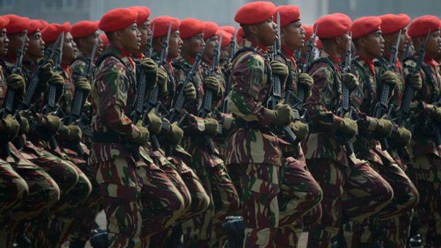 Pengamat Menilai Militer Indonesia Lebarkan Pengaruh Bbc News