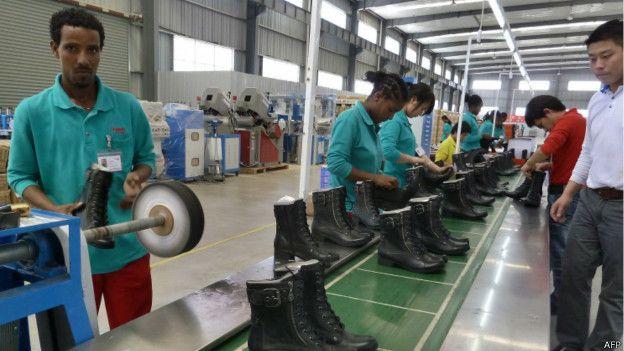 Fábrica chinesa na áfrica (AFP)