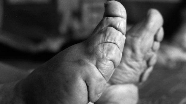 dedos de los pies paginas para conocer putas