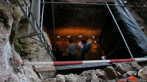 Excavación en El Mirón