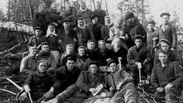 Марийская АССР. Бригада на лесоповале. 1950