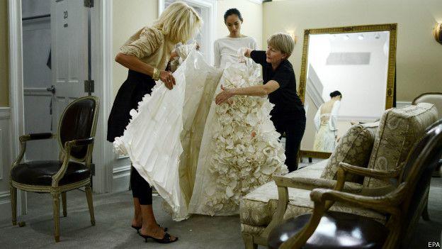 Como hacer un vestido de novia de papel