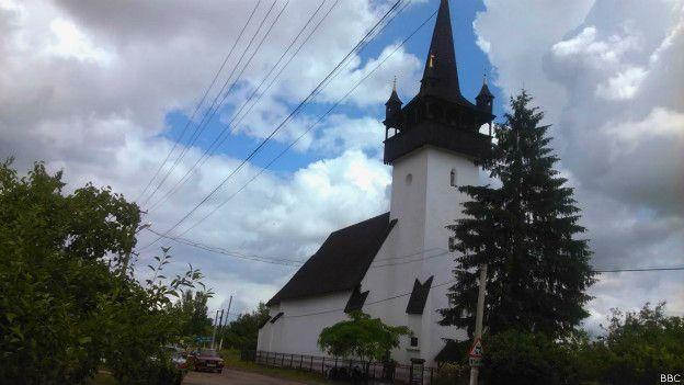 Середньовічна церковна архітектура Закарпаття