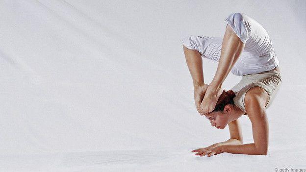 От природы гибкие суставы температура болит голова и выкручивает суставы