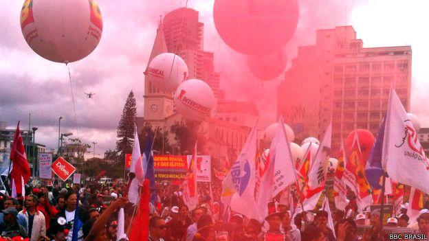 Manifestación a favor de la presidenta Dilma Rousseff en Brasil.