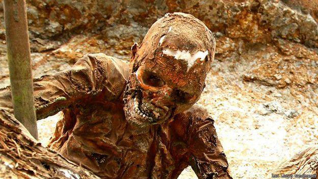мумия в Асеки