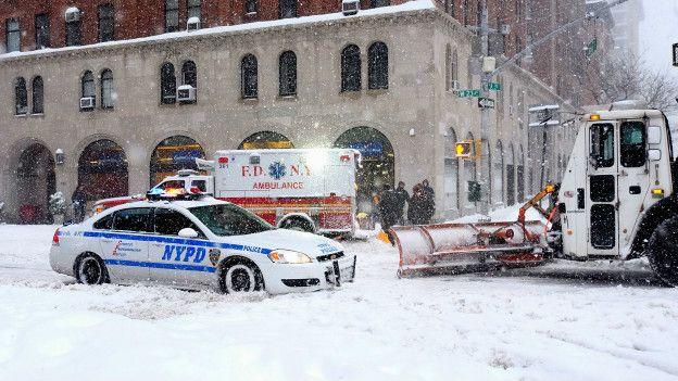 Resultado de imagen de mayores tormentas de nieve en nueva york