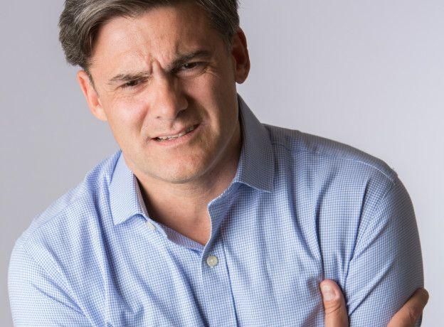 Dolor en el pecho dificultad para respirar dolor de cabeza