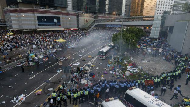 示威市民和学生