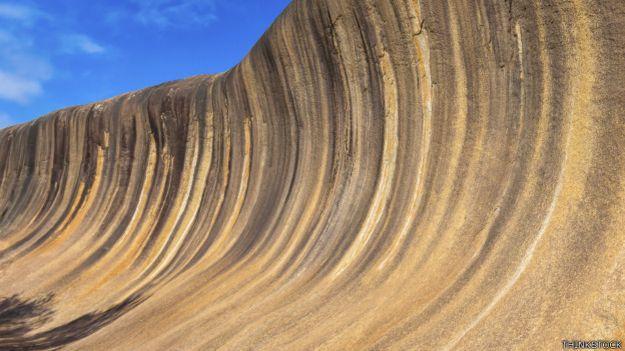 Roca de la ola, Australia