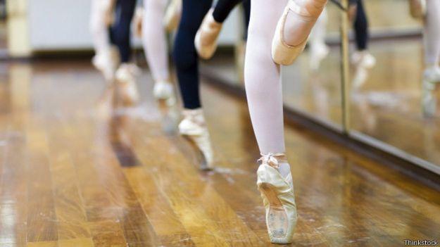 Piernas de bailarinas de ballet