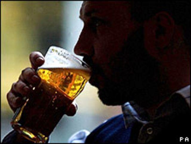 Alcohol aumenta cáncer de boca