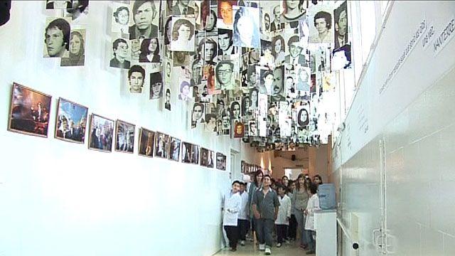 Crianças visitam museu em antiga base militar argentina (BBC)
