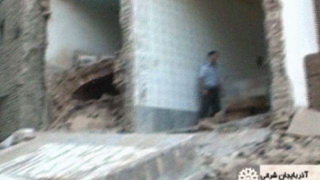 اثار الزلزال على البيوت في ايران