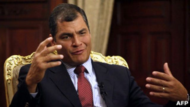 Ecuador: presidente Correa asegura que analizan solicitud de asilo a Snowden