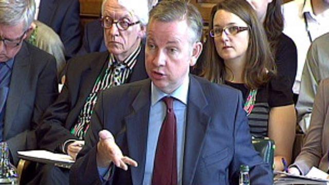 Ministro de Educación británico, partidario de abandonar la Unión Europea