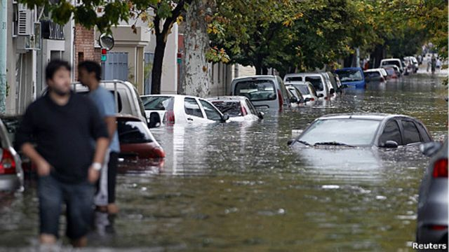 Cerca de 50 muertos en Argentina tras tormenta