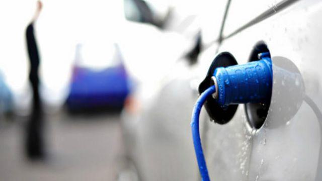 ¿Son los autos eléctricos más ecológicos?