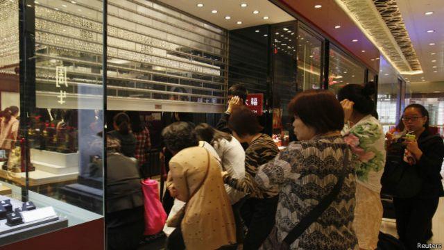 香港觀察:香港,中國人不再為妳瘋狂