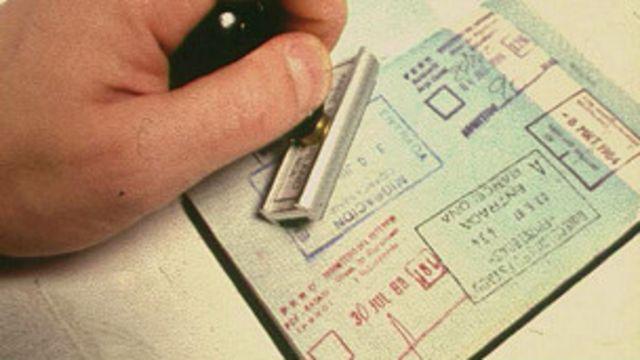 Reino Unido pedirá fianza de US$4.500 por visa para visitantes de varios países