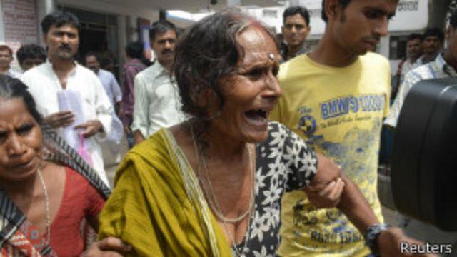 Protesta contra alimentos escolares en India