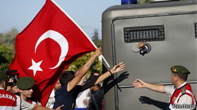 Turquía: general condenado a cadena perpetua
