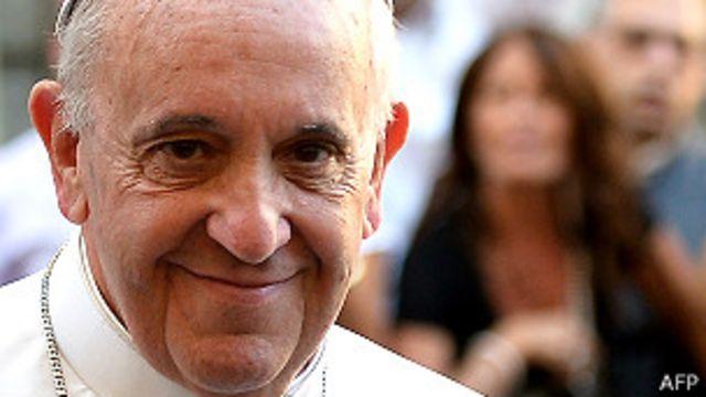 El Papa tiende la mano a los musulmanes