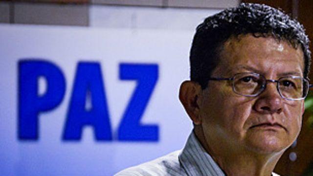 Las FARC anuncian suspensión temporal de diálogo de paz
