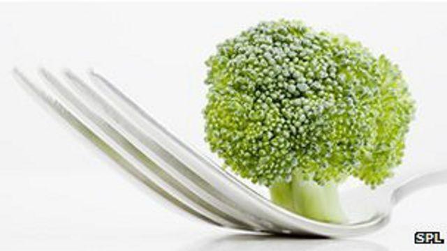 El brócoli frena el avance de la artrosis, dicen investigadores