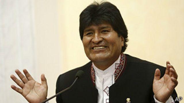 El papa Francisco recibe a Evo Morales en el Vaticano