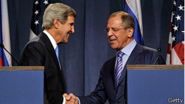 EE.UU. y Rusia discuten opciones para resolver la crisis siria