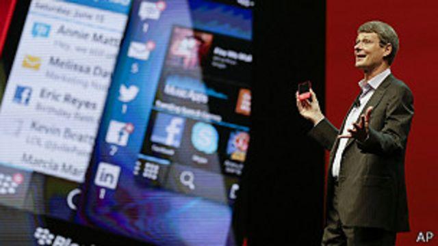 Servicio de mensajería de BlackBerry estará disponible en iPhone y Android