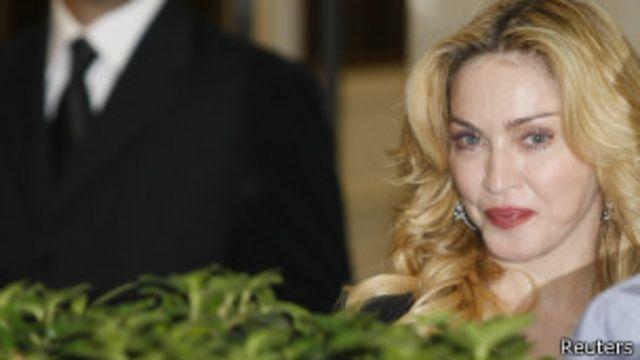 Madonna revela que fue víctima de una violación
