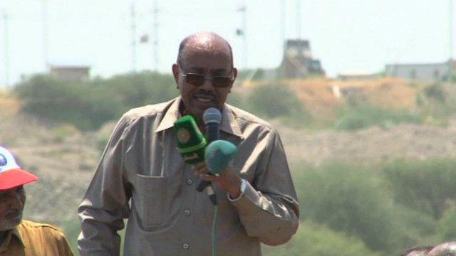 عمر حسن البشير الرئيس السوداني